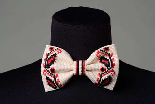 Handmade ethnic fabric bow tie with embroidery - MADEheart.com