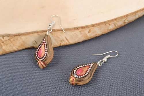 Handmade small festive drop-shaped ceramic earrings painted with ornaments - MADEheart.com
