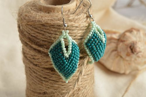 Handmade designer bead woven earrings of turquoise color of rhombus shape - MADEheart.com