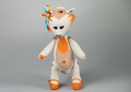 Soft toy Foxy - MADEheart.com