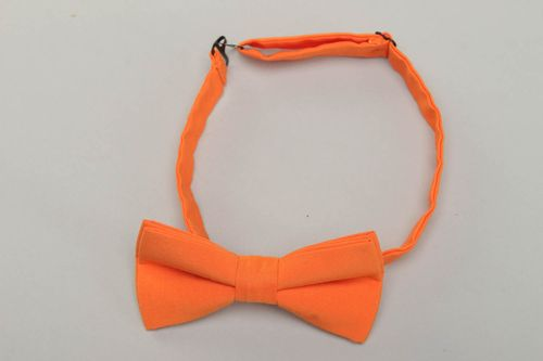 Orange cotton fabric bow tie - MADEheart.com