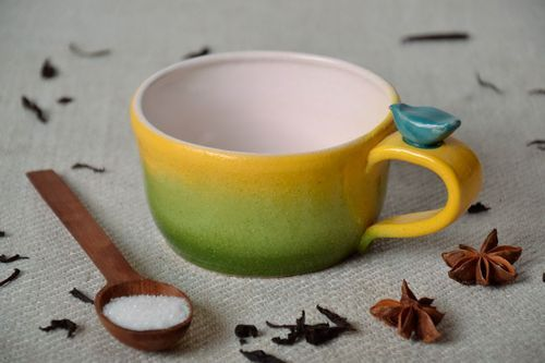 Cup of yellow and green colors - MADEheart.com