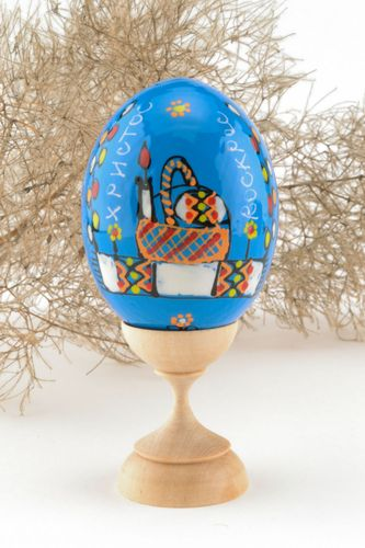 Wooden painted egg - MADEheart.com