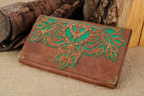 Womans purse made of natural leather - MADEheart.com