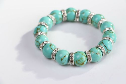 Bracelet made from turquoise with elastic band - MADEheart.com