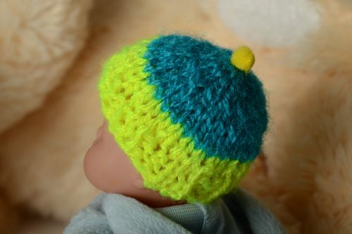 Handmade acrylic and cotton knitted egg cozy - MADEheart.com
