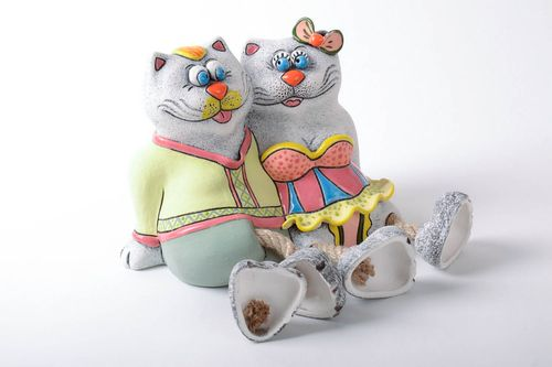 Ceramic money box Cats in Love - MADEheart.com