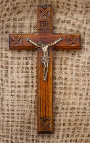 Catholic wall crucifix - MADEheart.com