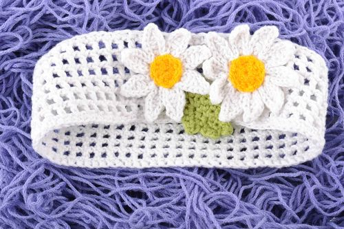 Handmade lacy white headband crocheted of cotton threads with chamomile for baby - MADEheart.com
