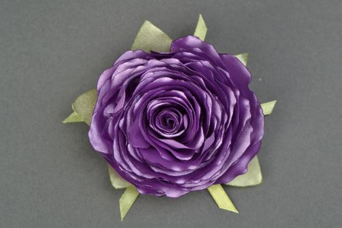 Satin ribbon brooch hair clip in the shape of violet rose - MADEheart.com