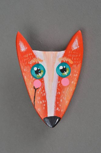 Beautiful handmade designer painted wooden brooch in the shape of fox - MADEheart.com