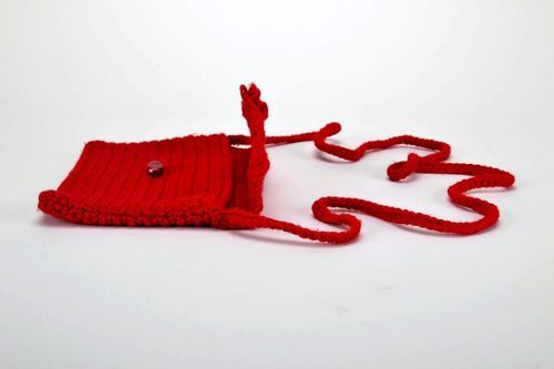 Knitted purse with long handle - MADEheart.com