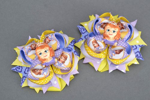 2 childrens hair clasps  - MADEheart.com