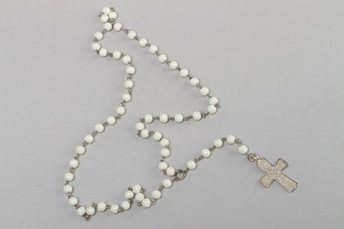 Handmade decorative glass rosary beads necklace of white color for women - MADEheart.com