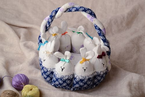 Interior toy in the shape of Easter basket - MADEheart.com