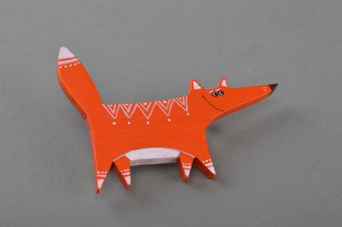 Handmade beautiful designer painted wooden brooch orange smiling fox  - MADEheart.com