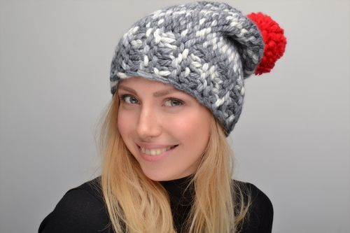 Womens crochet hat with pompon - MADEheart.com