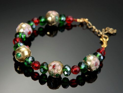 Bracelet made of cloisonne beads and crystal - MADEheart.com