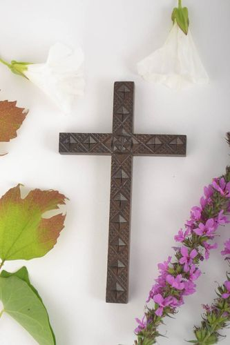 Wooden wall decor handmade gifts wall cross wood cross religious accessories - MADEheart.com