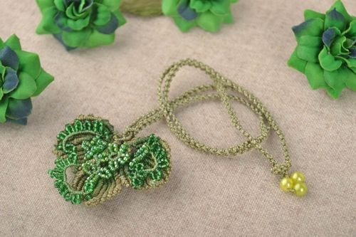 Stylish macrame pendant designer beaded necklace green leaf accessory - MADEheart.com
