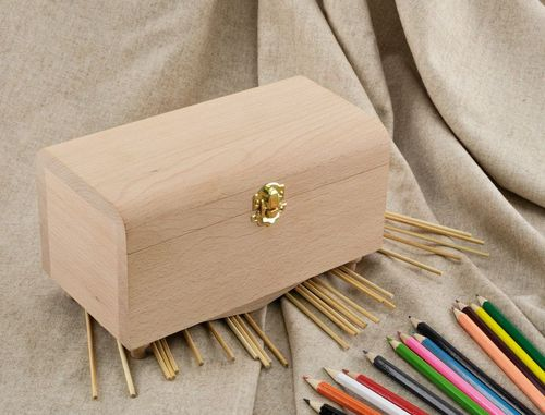 Wooden blank box with a lock - MADEheart.com
