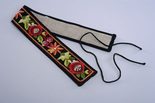 Velvet belt with hand embroidery - MADEheart.com