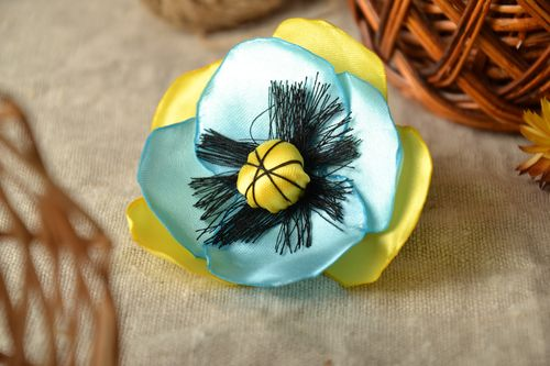 Ribbon flower hair tie - MADEheart.com