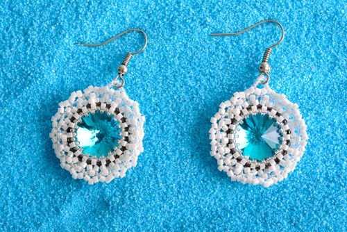 Handmade elegant beaded earrings designer stylish earrings cute accessory - MADEheart.com