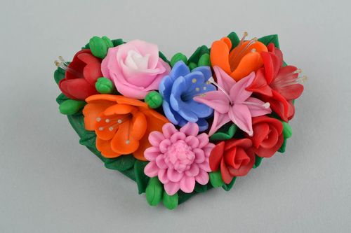 Beautiful handmade designer heart shaped plastic flower brooch for girls - MADEheart.com