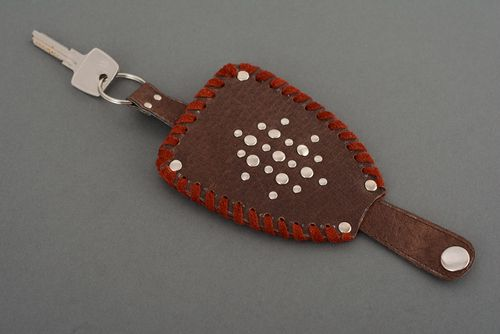 Leather key holder - MADEheart.com
