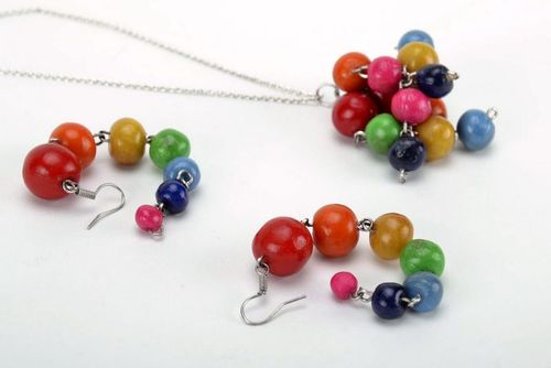 Jewelry set (necklace and earrings) - MADEheart.com