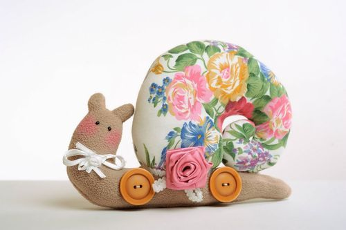 Soft toy Snail - MADEheart.com