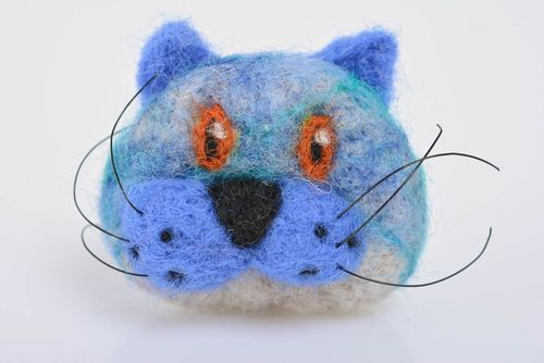 Small blue handmade felted wool brooch Cat designer accessory - MADEheart.com