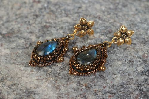 Handmade elegant evening dangling earrings with beads and labradorite stone - MADEheart.com