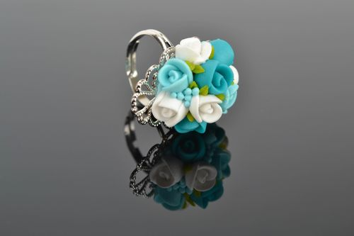 Polymer clay ring with turquoise roses - MADEheart.com