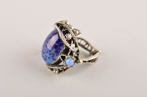 Metall Ring handgeschaffen Ring am Finger stilvoller Damen Modeschmuck blau - MADEheart.com