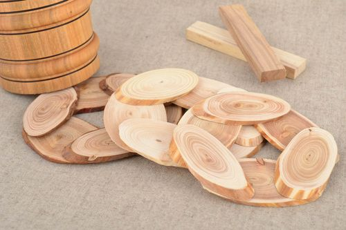Set of 3 handmade laconic wooden trivets for hot pots and cups for kitchen - MADEheart.com