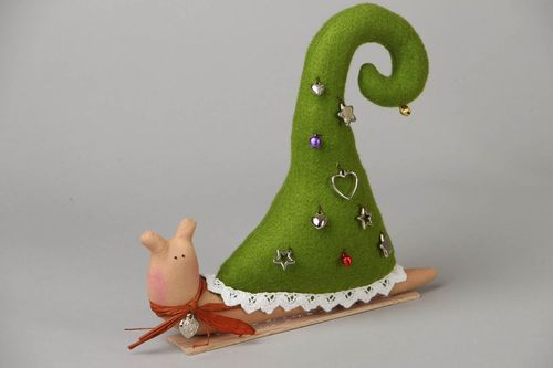Felt toy New Years Snail - MADEheart.com