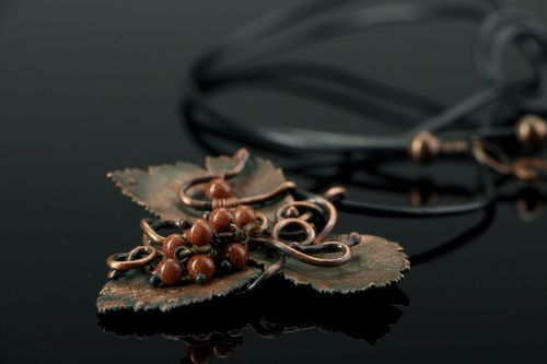 Copper Pendant with aventurine - MADEheart.com