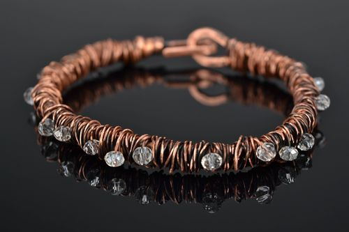 Wire wrap copper bracelet with crystal - MADEheart.com