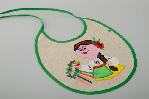 Handmade linen childrens bib with embroidery for girls - MADEheart.com