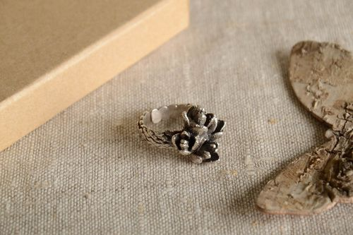 Beautiful handmade metal ring silver ring design fashion accessories gift ideas - MADEheart.com