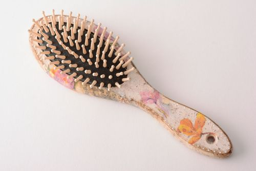 Homemade hair brush Spring Bouquet - MADEheart.com