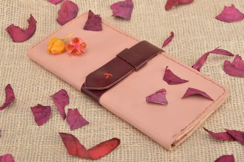 Handmade designer stylish genuine leather stitched womens wallet with strap - MADEheart.com