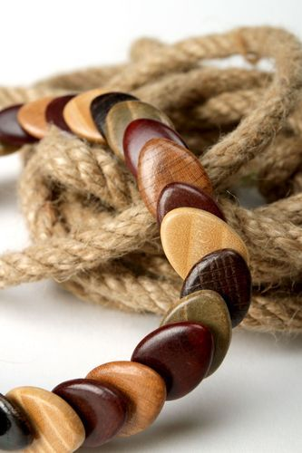 Wooden beads - MADEheart.com