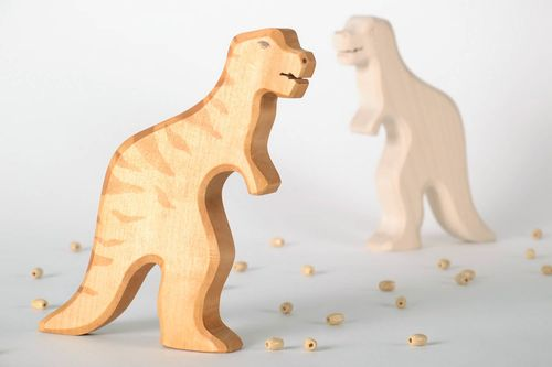 Wooden toy Dinosaur - MADEheart.com