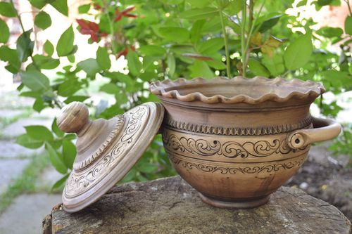 Handmade ceramic pot with handles and lid for 3 l decorative kitchenware - MADEheart.com