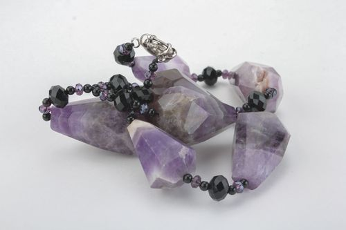 Massive necklace with amethyst - MADEheart.com