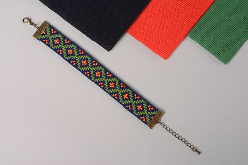 Handmade textile bracelet with embroidery - MADEheart.com