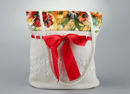 Textile bag with red bow - MADEheart.com